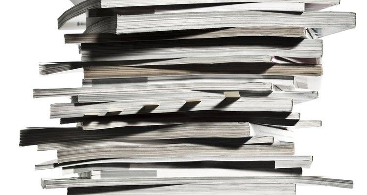 Faça propaganda de seu serviço de aulas de reforço em revistas e jornais locais