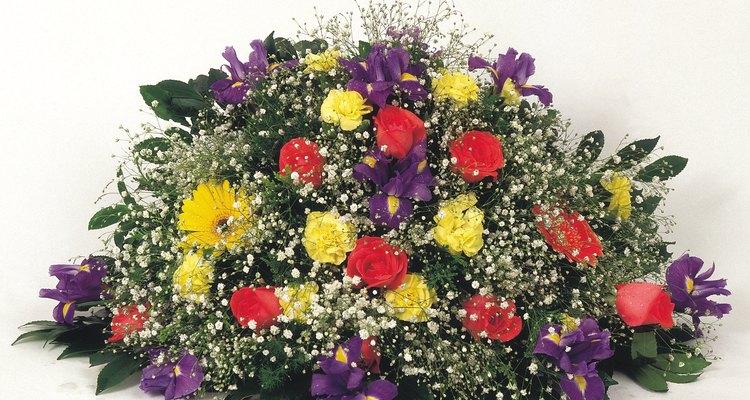 Flores são uma parte significativa da maioria dos funerais