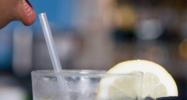 Bebe la solución con el estómago vacío si buscas un alivio rápido.
