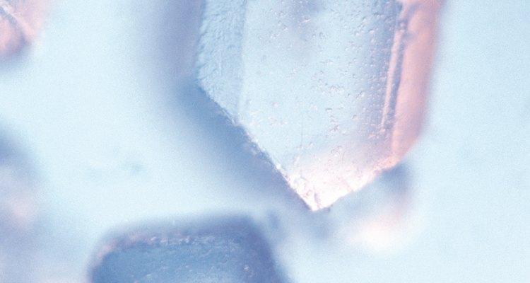 Encontrar cristais pode não ser complicado se você souber onde procurar