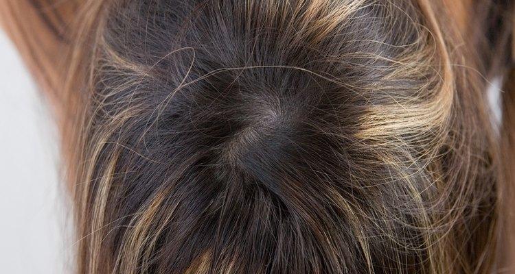 Para reflejos más sutiles, hazte reflejos dos o tres tonos más claros que el de tu color de pelo.
