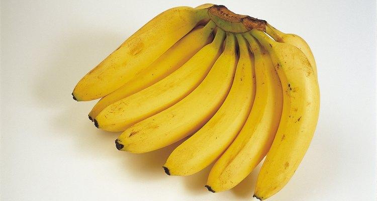 Come los plátanos u otras frutas antes de que maduren demasiado.