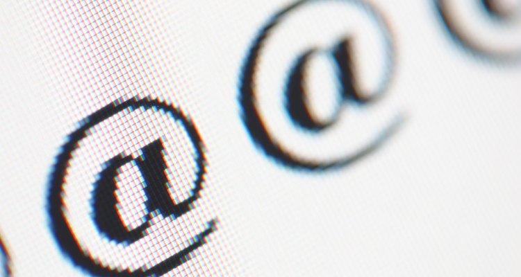 Com um pequeno truque, é possível inserir símbolos sobre as letras no Word