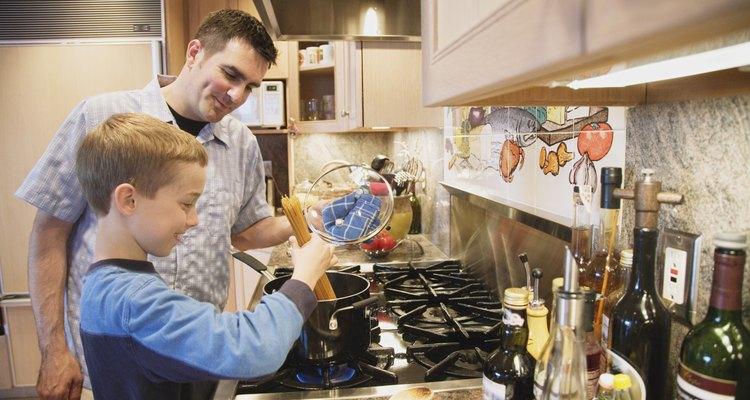 Las cocinas Whirlpool están equipadas con menúes electrónicos para el funcionamiento del horno.