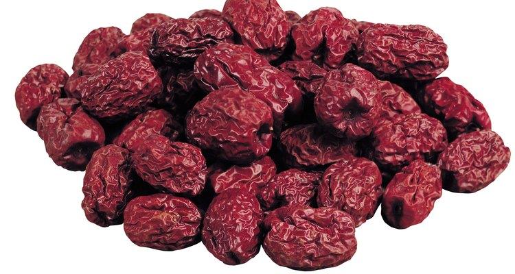 Las frutas secas son un excelente aderezo.