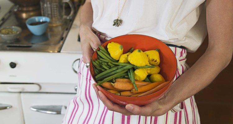 Desinfecta las verduras crudar para matar a las amebas.