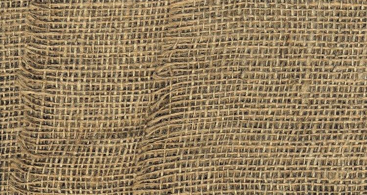 Mantenha as fibras da juta intactas usando um dentre vários métodos