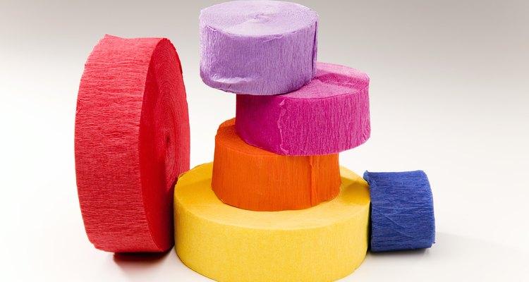 Como fazer fantasias de papel crepom
