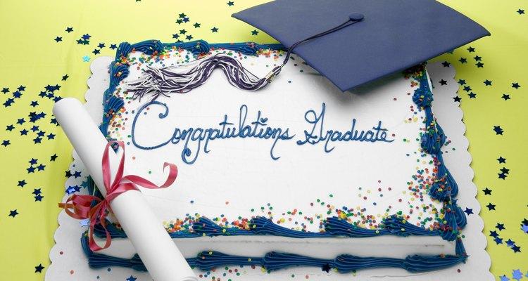 La graduación es un momento de celebración, incluyendo la torta perfecta.