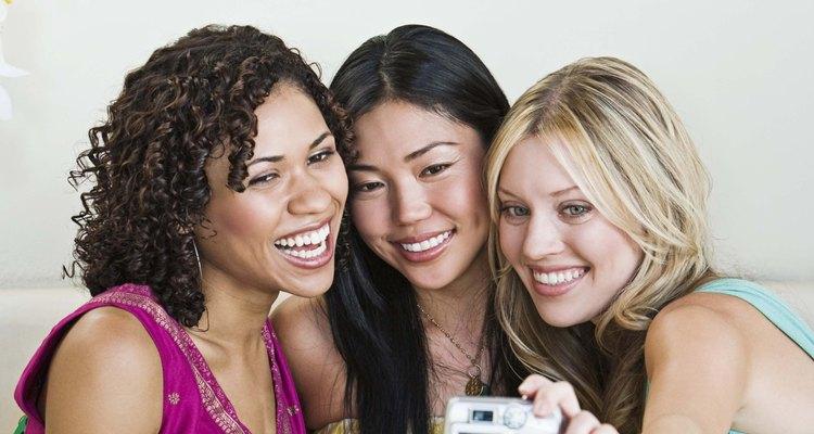 Corrija suas fotos com um editor online