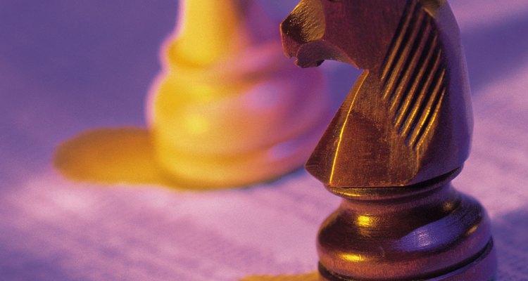 Los adolescentes que juegan al ajedrez, Risk y los Sims están aprendiendo a crear estrategias y trabajar dentro de un grupo.