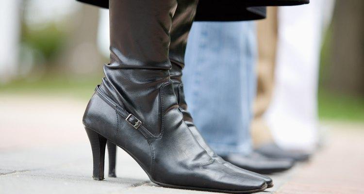 Por ser tão macia e flexível, pelica autêntica é um material ideal para sapatos