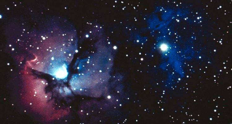 Mira las estrellas si te aburres a la noche.