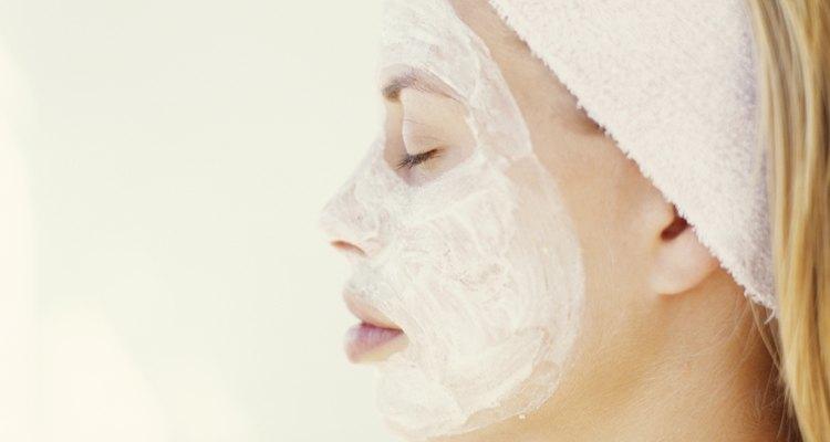 Las bandas para la cabeza deportivas también son útiles durante tratamientos de salones de belleza.