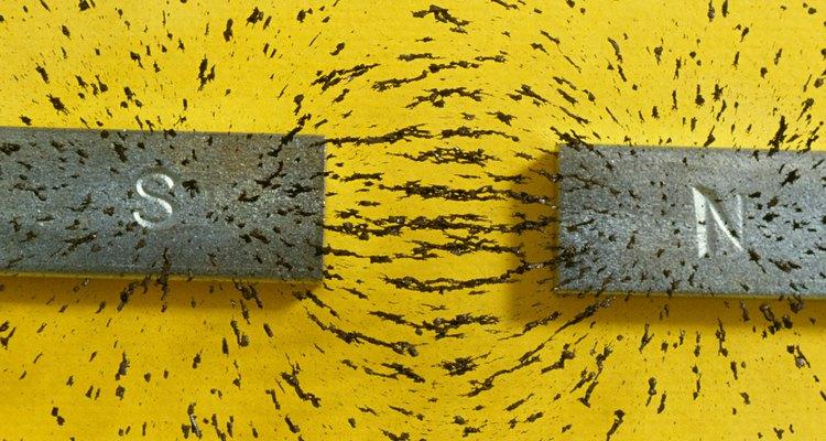 Ímãs criam um campo magnético
