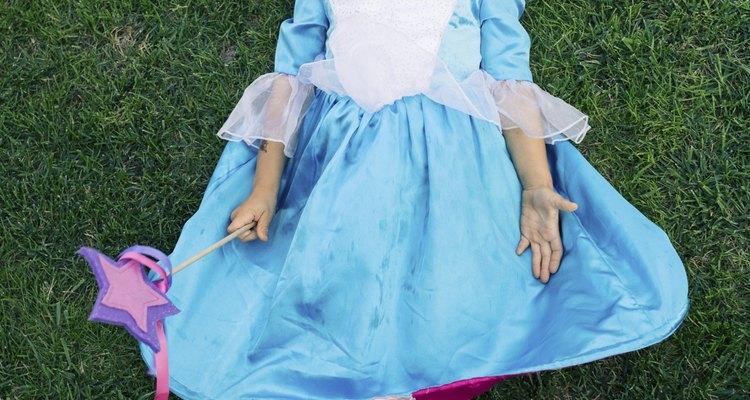 Existen muchos estilos de disfraces de Cenicienta.