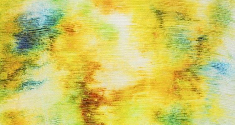 La pintura textil se puede aplicar con pincel, aerógrafo o sellos.