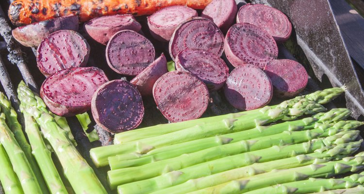 Grilling beetroots