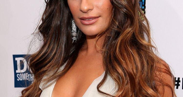 Lea Michele tem mais de uma dezena de tatuagens - todas muito bem escondidas no seriado Glee.