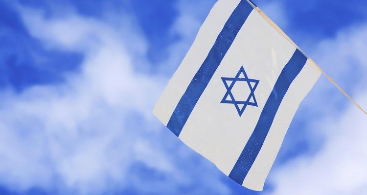 A Estrela de Davi aparece na bandeira israelense