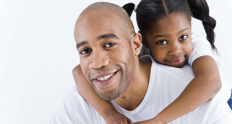 Desde temprana edad los niños pueden sentir cuando un elogio es vacío o automático.