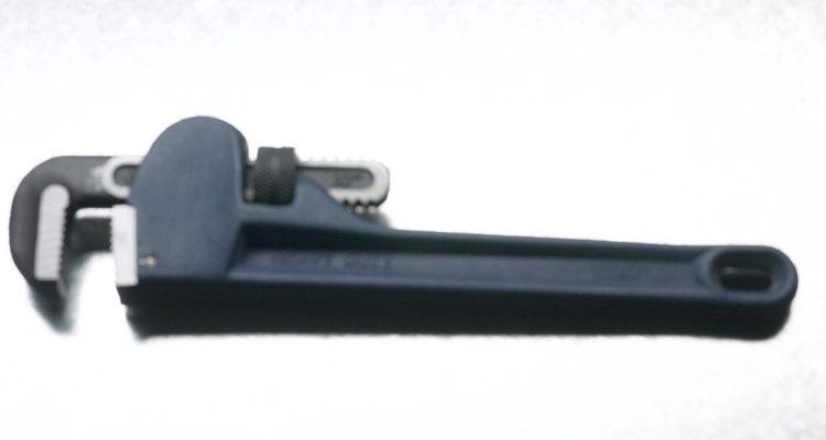 Todo instalador de tuberías tiene una llave de caños.