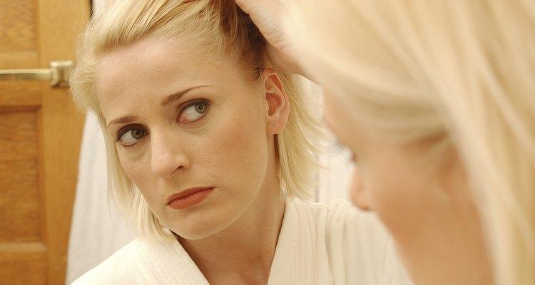 Aunque la caspa no es una enfermedad que amenace tu vida, puede ser persistente y frustrante.