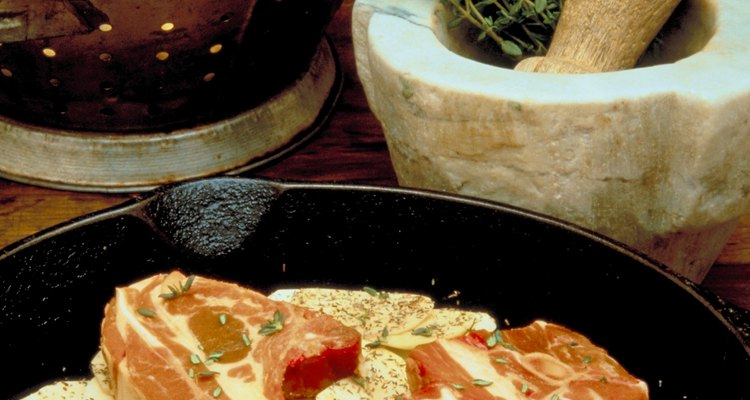 La carne promedia siete gramos de proteína por onza (28 g).