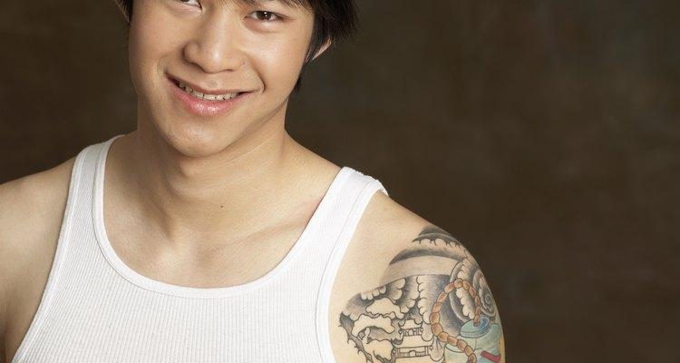 Tatuagens podem representar facetas da sua personalidade ou eventos da sua vida.