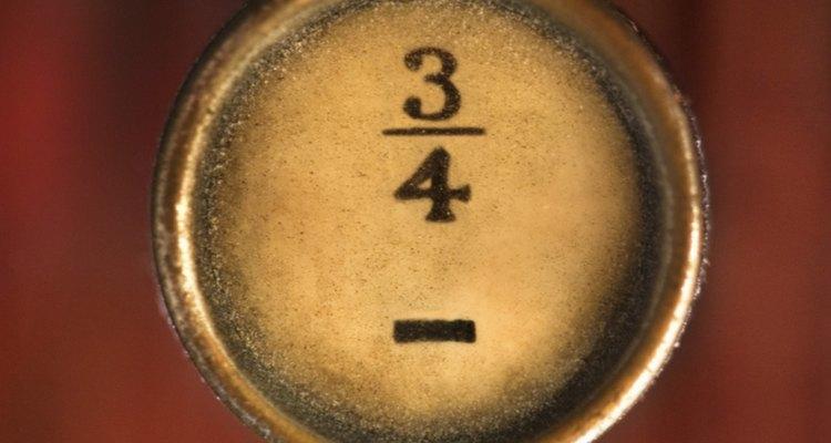 É possível achar a raiz cúbica de uma fração da mesma forma que é determinada a raiz cúbica de um número inteiro