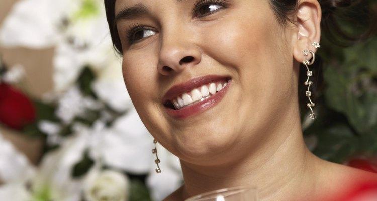 Casamentos espanhóis são cheios de tradições vibrantes e costumes interessantes