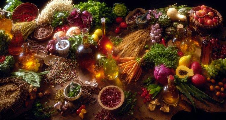 Esto los mantendrá frescos y listos para colocarlos en una sartén para agregar a patatas fritas, omelets y otros platos.
