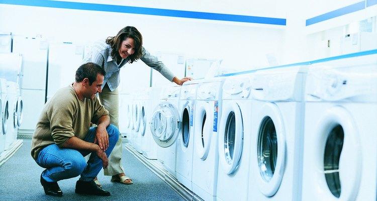 Tener un desagüe para la lavadora es indispensable en un cuarto de lavado moderno.