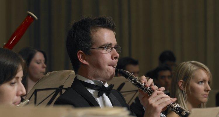Muitos músicos usam oboé humoristicamente para imitar o som de galinhas