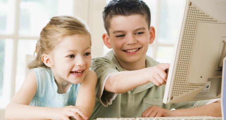 Las computadoras pueden ser una parte integral de la educación de un niño.