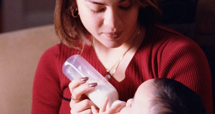 Nutramigen contiene todos los ingredientes que tu bebé necesita para crecer sin la proteína de leche.