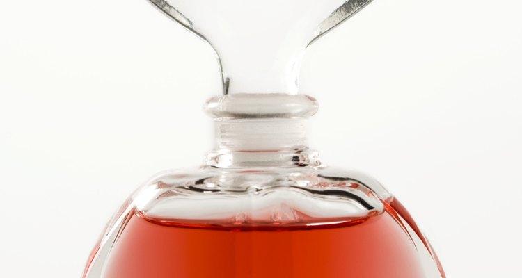 Mezcla el aceite con el extracto de vainilla.