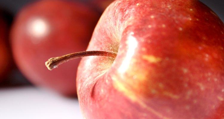 A maçã é um ícone de princesas que pode ser adaptado em muitas brincadeiras