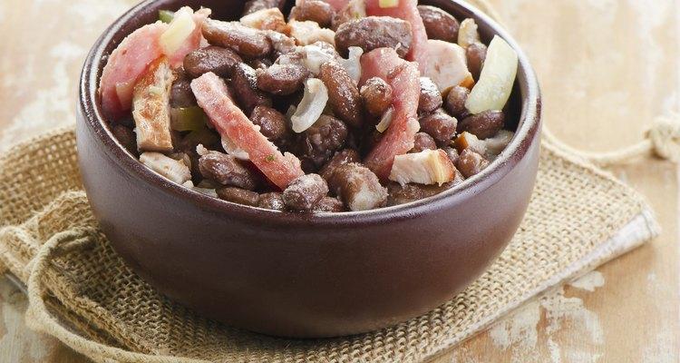 Feijoada es un plato tradicional de Brasil.