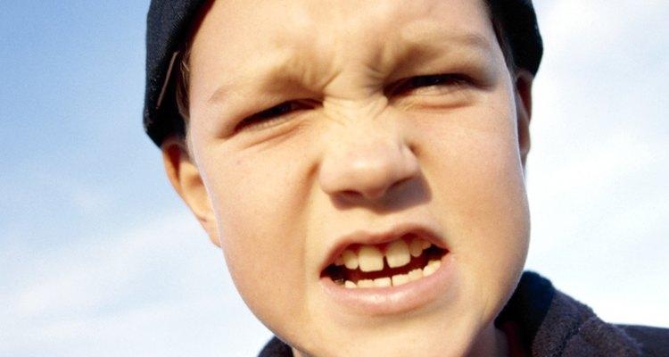 La violencia escolar es un gran problema para la escuela y el vecindario.