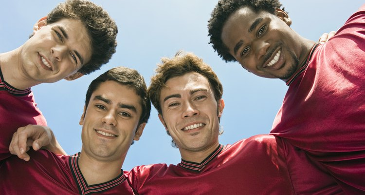 Organize um campeonato de futebol entre seus amigos