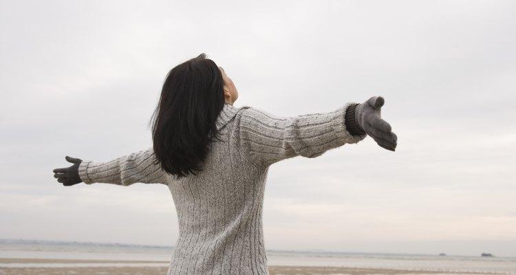 Atrae hacia ti la energía positiva haciendo limpieza en tu karma.