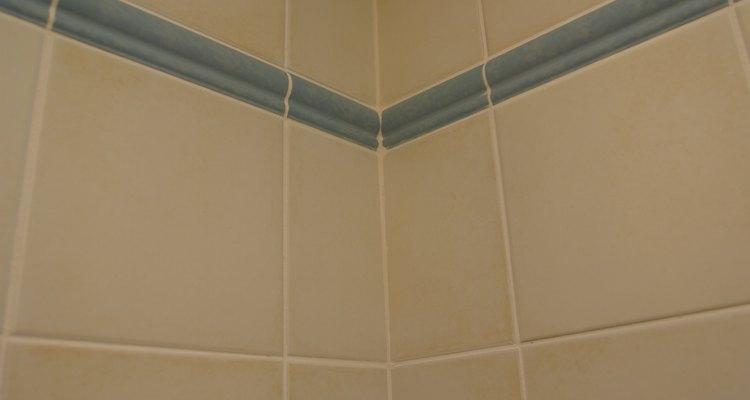 Utilizar los productos adecuados ayuda a asegurar una instalación con aspecto profesional.