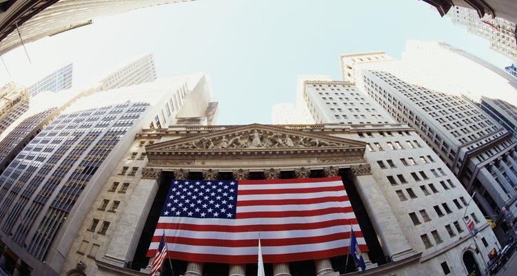 La Bolsa de Nueva York es la más grande en el mundo por la capitalización bursátil.