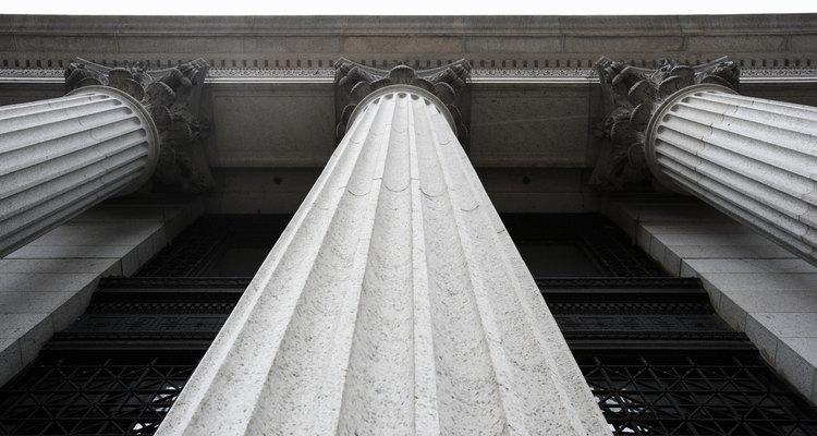 La separación del poder es uno de los pilares constitucionales.