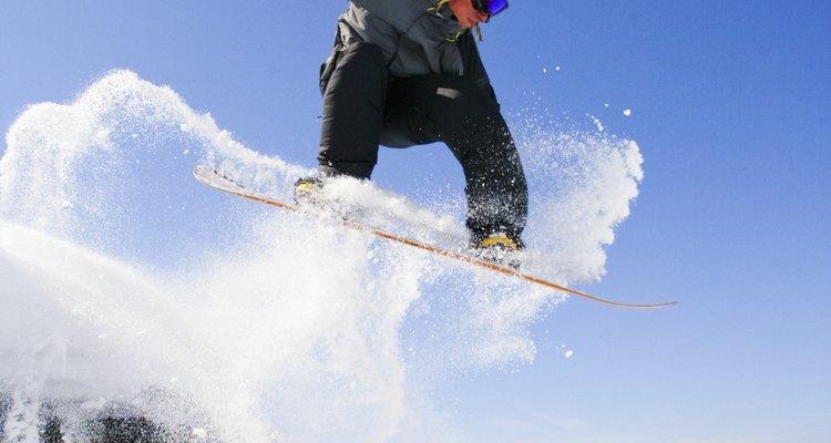 O snowboard é um dos esportes patrocinados pela Monster Energy