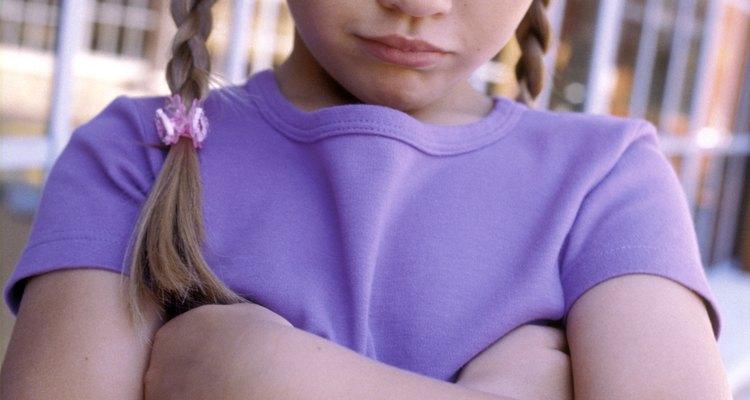 Tienes que lidiar con mucho cuidado con los problemas de celos, ya que los niños pueden estar sintiéndose enojados e inseguros.