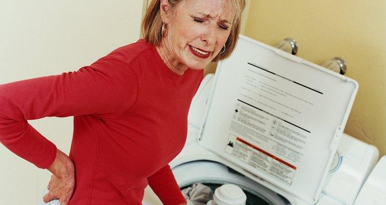 A transmissão gira o tambor da máquina de lavar