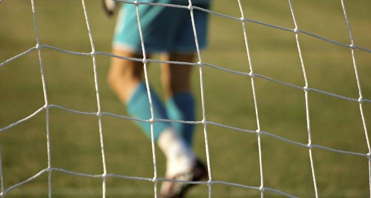 Goleiro na frente do gol