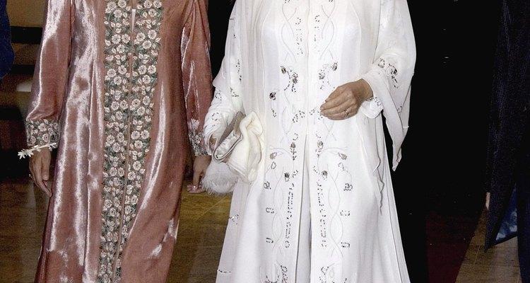 La princesa de Gales usando un traje típico de la India.